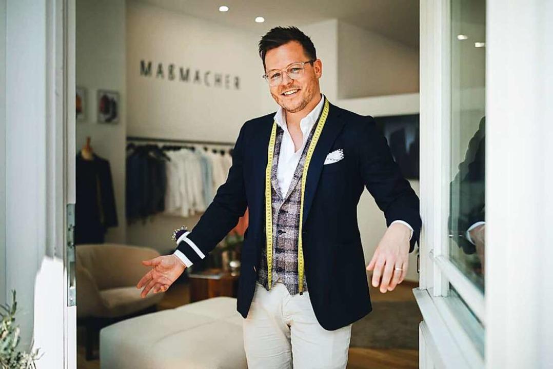 Marco Mesler vom Freiburger Modelabel ...Kunden sich in seiner Mode wohlfühlen.  | Foto: Felix Risch für Maßmacher