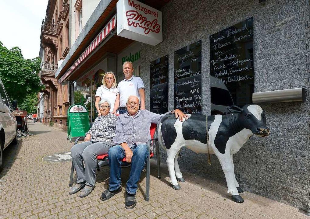 Inge und Hans Hügle, dahinter Simone und Bernd Hügle.  | Foto: Ingo Schneider