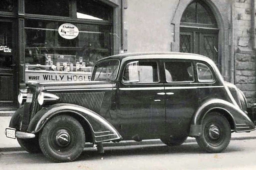 Im Jahr 1938 war dieser Hügle-Opel das...raße und wurde entsprechend bewundert.  | Foto: privat