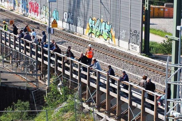 Zu viele Schaulustige: In Weil am Rhein ist man sauer auf die Bahn