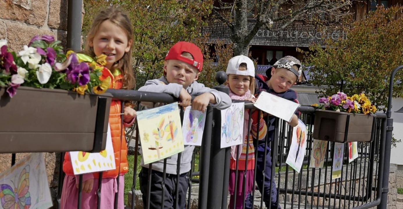 Die Zeit ohne Kindergarten haben diese...chmetterlingen   Aktionen überbrückt.   | Foto: Eva Korinth
