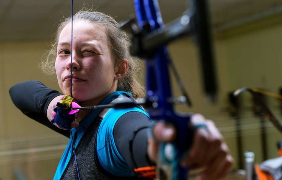 Deutsche Meisterin im Mixed-Wettbewerb mit dem Recurve-Bogen: Nicola Koch  | Foto: Patrick Seeger