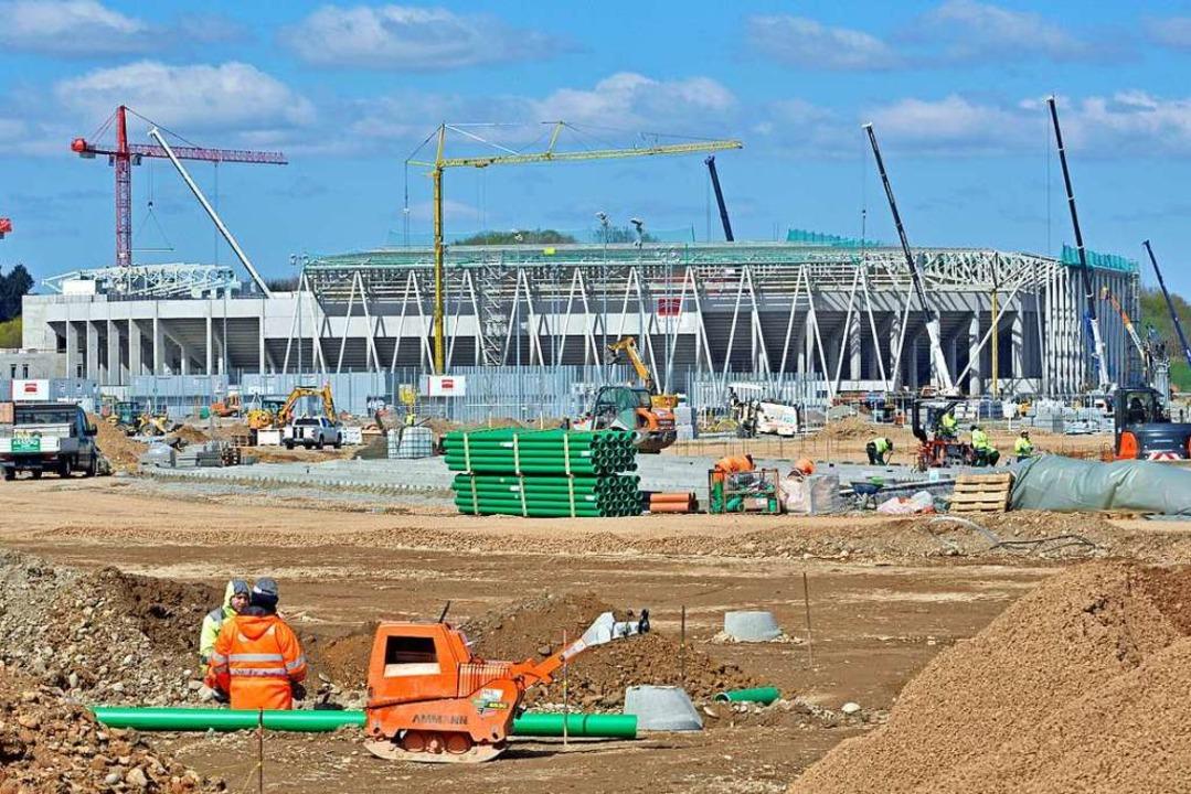 Das SC-Stadion am Flugplatz befindet s...Rechtsstreit dürfte noch Jahre dauern.  | Foto: Michael Bamberger