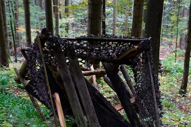 Forstverwaltung ärgert sich über zerstörte Hochsitze am Kaiserstuhl