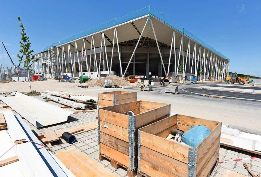 Auch an der Nordostecke des neuen SC-Stadions sind Fortschritte erkennbar.  | Foto: Rita Eggstein
