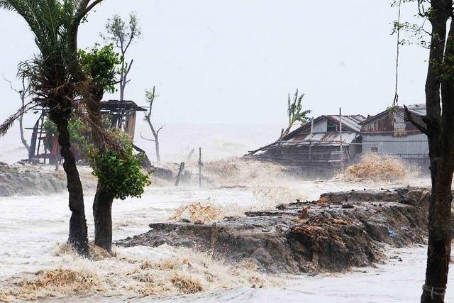 Mindestens 22 Tote bei Zyklon in Indien und Bangladesch