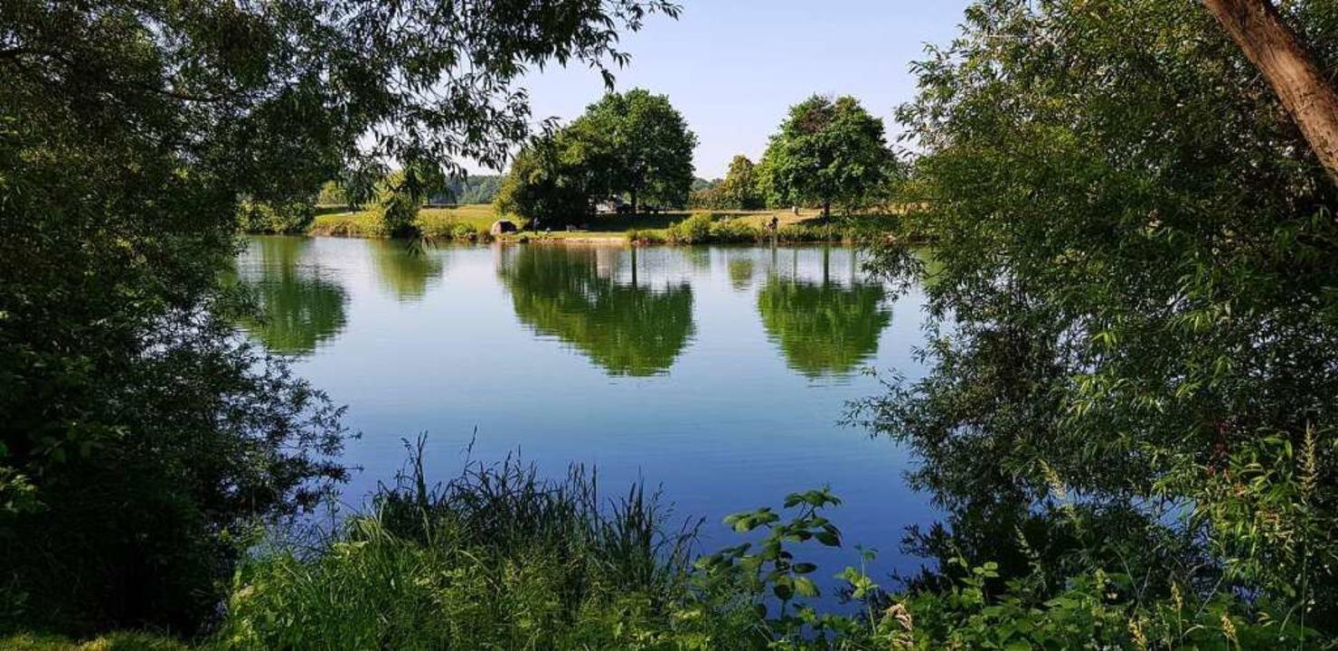 Der Baggersee bei Kollmarsreute gilt a...her schon seit Montag wieder geöffnet.  | Foto: Gerhard Walser