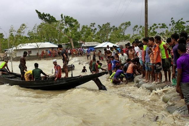 Zyklon wütet über Südasien