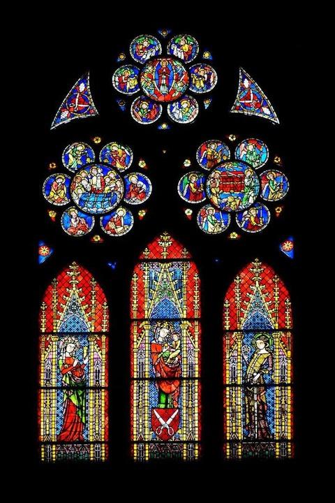 Buntglasfenster sind oft in Kirchen zu sehen, wie hier im Freiburger Münster.  | Foto: Ingo Schneider