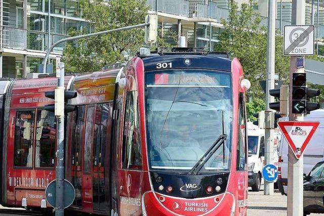 27-Jähriger randaliert in Straßenbahn in der Freiburger Innenstadt