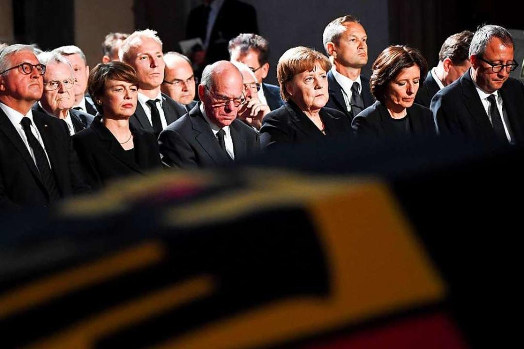 Bei Staats-Trauerfeiern saß er in der ...r beim Tod von Ex-Kanzler Helmut Kohl.  | Foto: MARIJAN MURAT