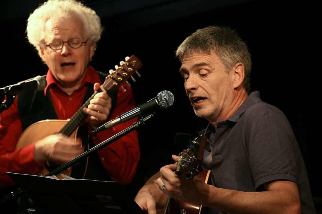 Texten  einen Kirchzarten-Song zum Bla...20:  Uli Führe (links)  und Thomas Fuß  | Foto: Wolf-Wilhelm Adam