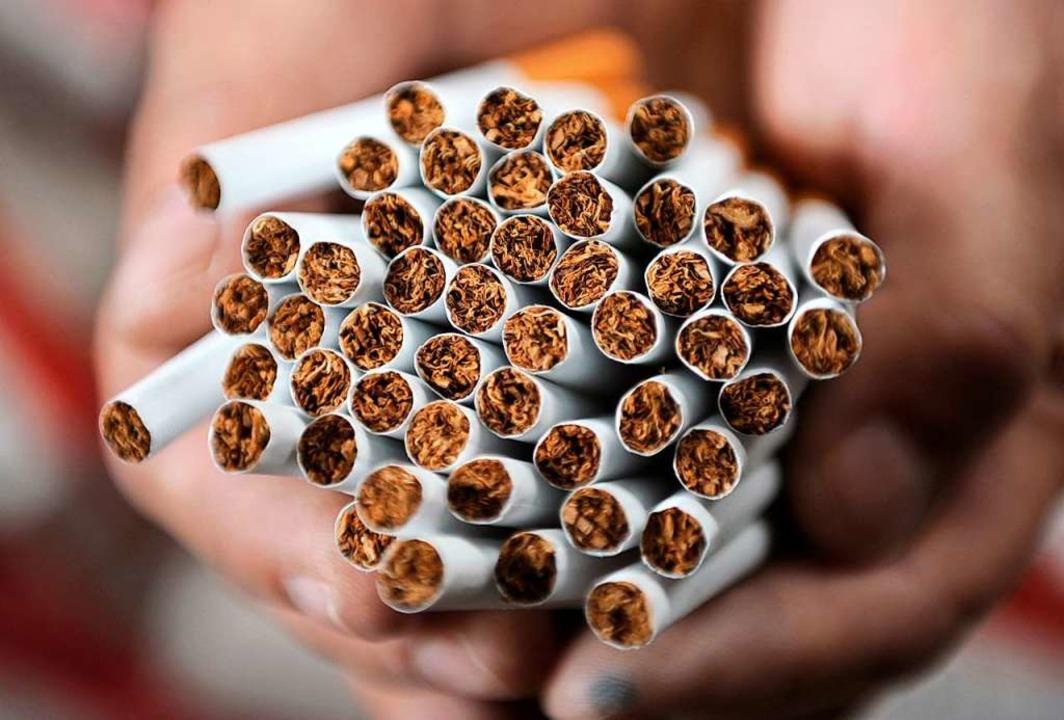 Gefährden die Gesundheit: Zigaretten  | Foto: Christian Charisius