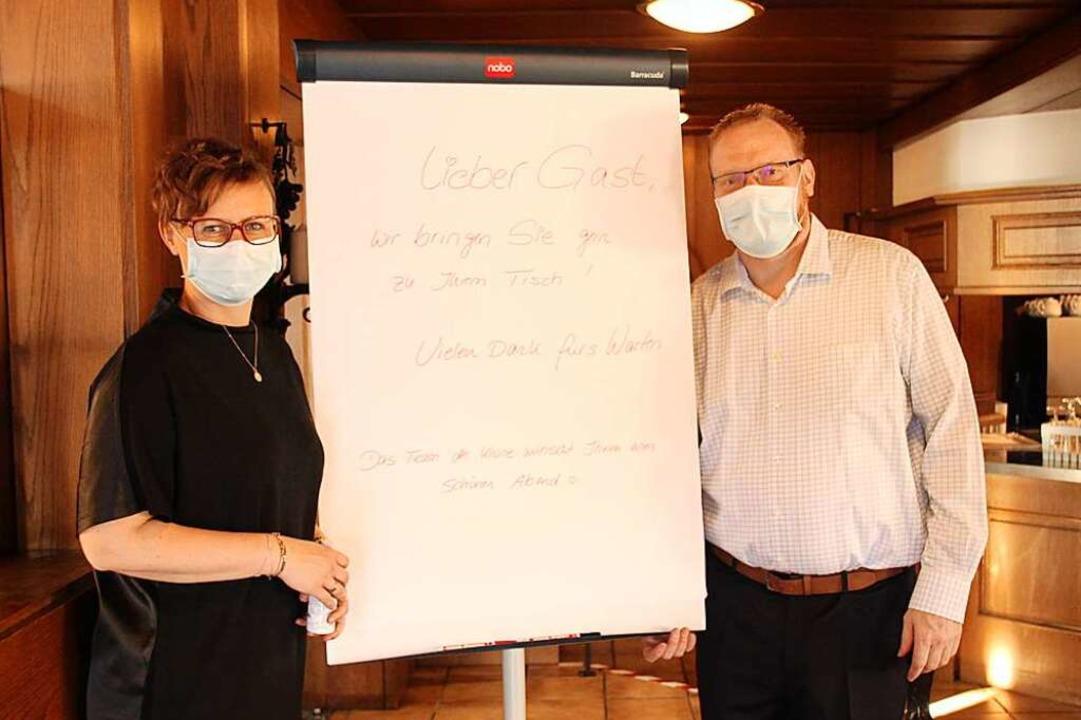 Inhaber Franziska und René Ullerich fr...ich,  wieder Gäste begrüßen zu dürfen.  | Foto: Mario Schöneberg