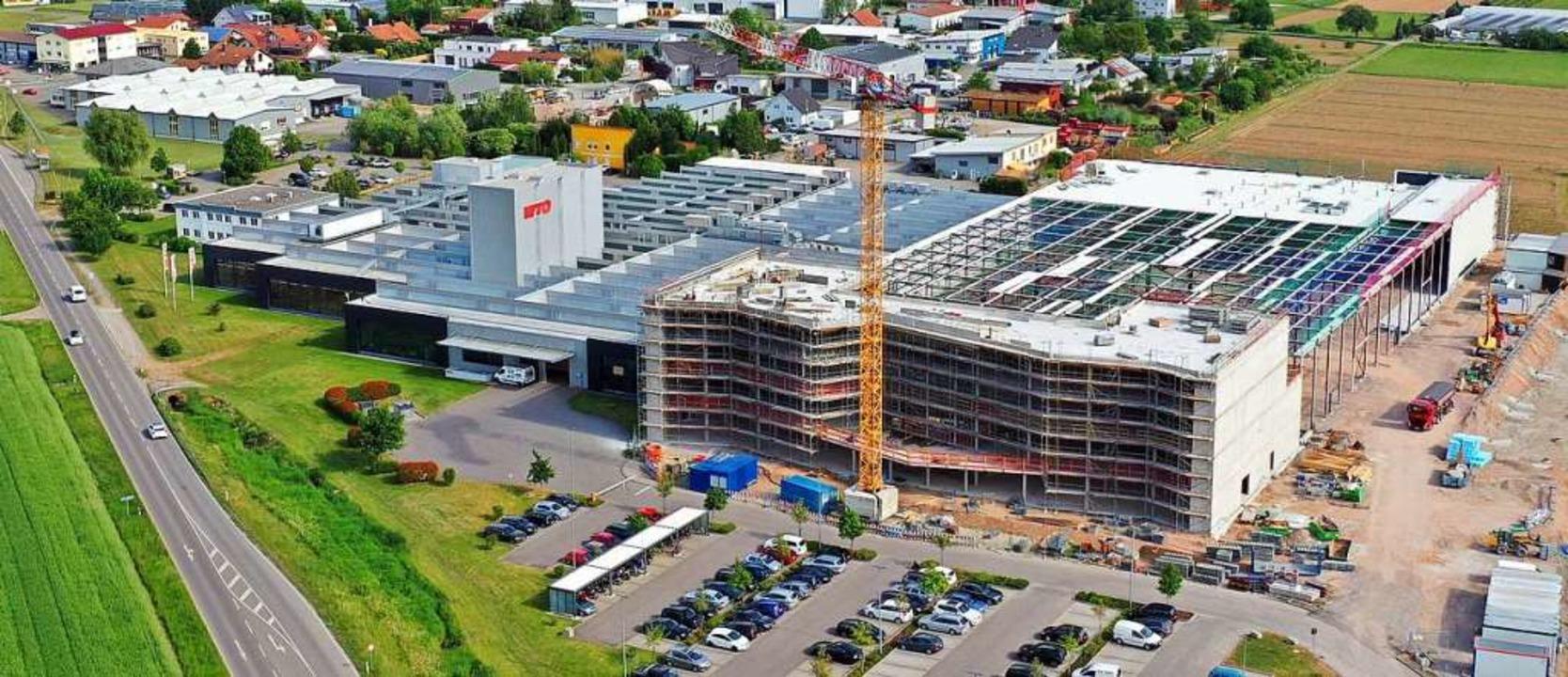 Am Ortseingang von Ohlsbach entsteht der stattliche Neubau von WTO.  | Foto: WTO