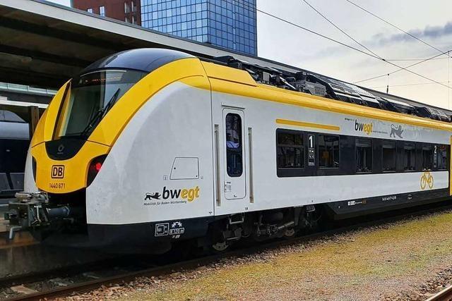Passagier beklagt Gedränge in Breisgau-S-Bahn nach Kirchzarten am Vatertag