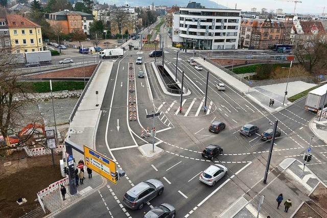Wege unter der Freiburger Kronenbrücke sind tagsüber teilweise gesperrt