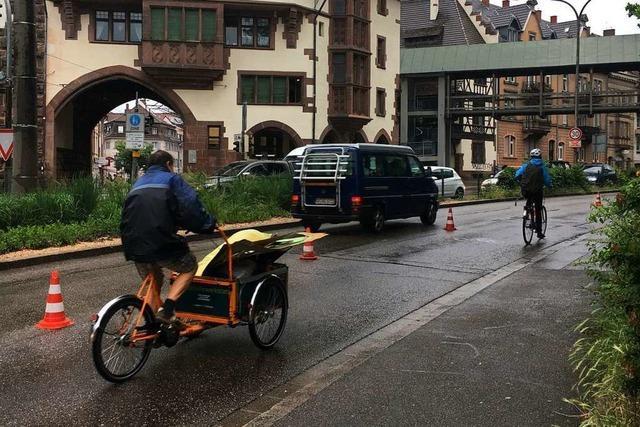Warum am Samstag eine Spur am Schlossbergring für Fahrräder geöffnet war