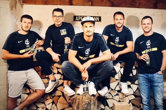 Fünf Freunde aus Horben stellen professionell Apfelmann-Cider her