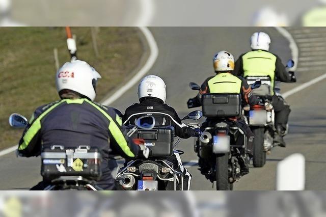 Mit Anzeigen gegen Motorradlärm