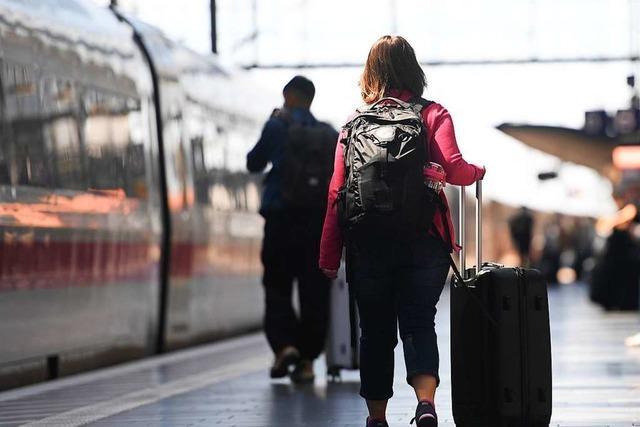 Die Bahn weitet ihr wegen der Pandemie reduziertes Angebot wieder aus