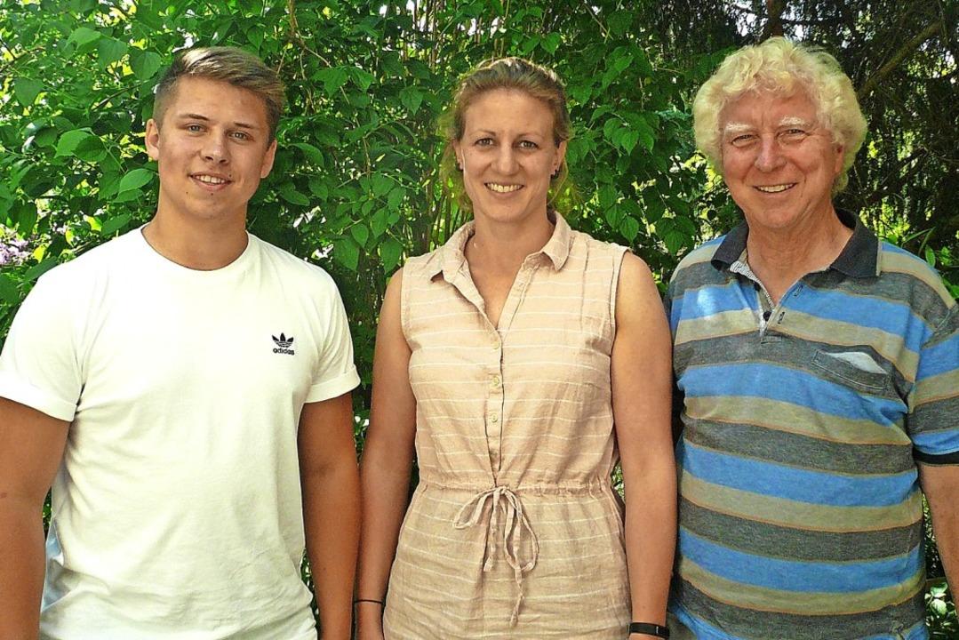 Maik Schwezow (links) mit  Sandra Schä...rein Begegnung und Solidarität (Beso).  | Foto: Nina Herrmann