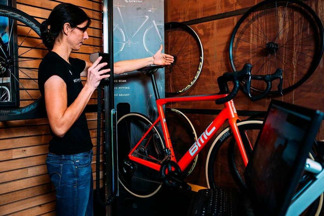Damit das Rad optimal auf die Körperma...kann, benötigt es auch einen Bikescan.  | Foto: Bike Sport World