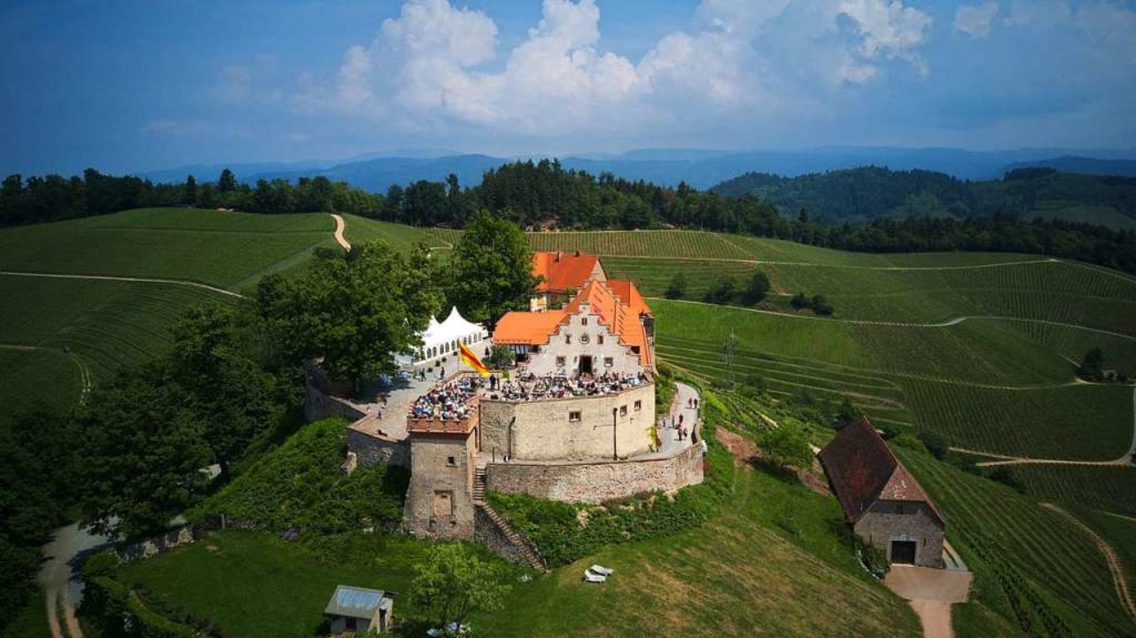 Das Durbacher Schloss Staufenberg: Hie...iche Zugabe des Festivals stattfinden.  | Foto: Michael Saurer