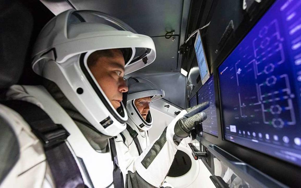 Ungünstige Wetterbedingungen: Start erster bemannter SpaceX-Rakete abgesagt