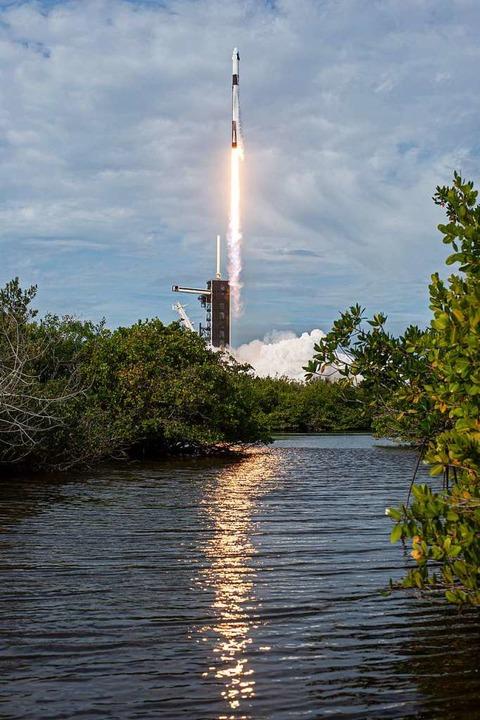 Eine Falcon-9-Rakete startet von Cape Canaveral in Florida.  | Foto: NASA/Tony Gray