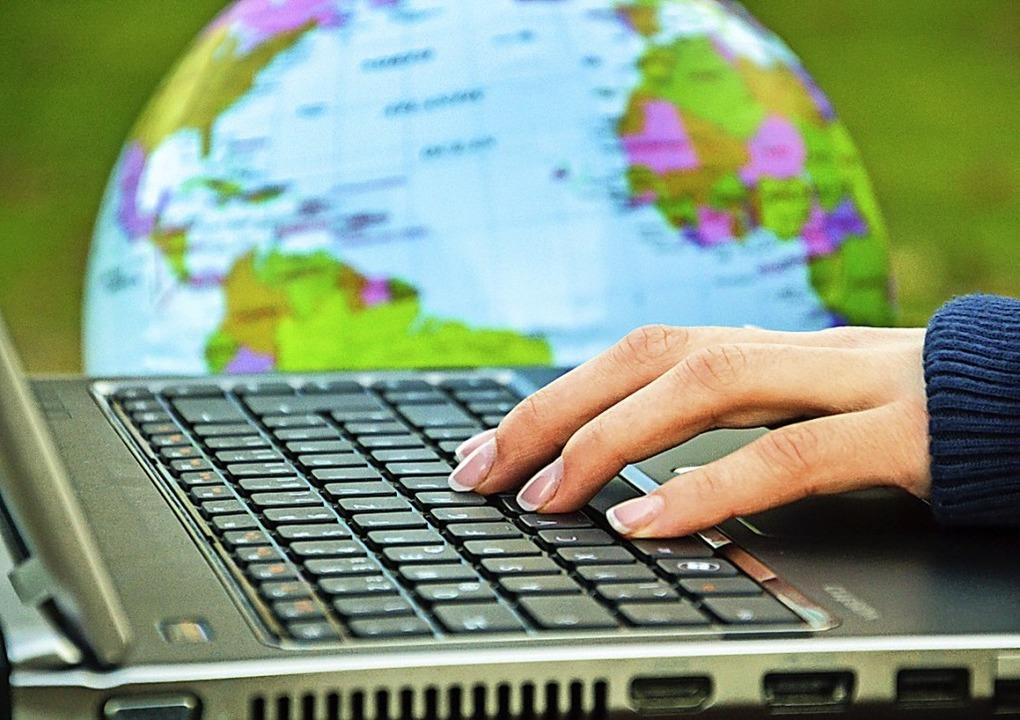 Die Welt ist miteinander vernetzt. Das...nziellen Arbeitgebern zu präsentieren.  | Foto: Carl Duisberg Centren