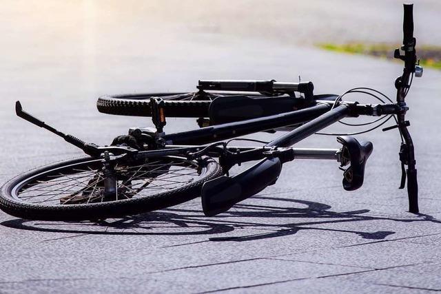 Zwei Radfahrer werden bei Stürzen in Lörrach leicht verletzt