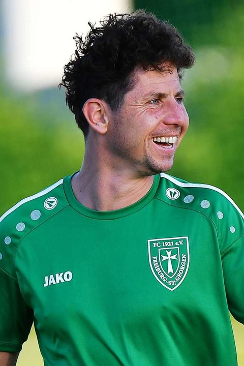 Hoher Spaßfaktor, auch bei FC-Trainer Matthias Rosmanith  | Foto: Achim Keller