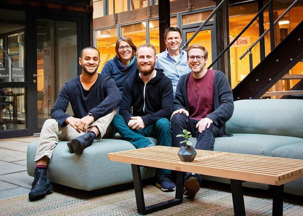 Das Gexsi-Team in der Freiburger Lokha...d Andreas Renner (zweiter von rechts).  | Foto: Kevin Fuchs