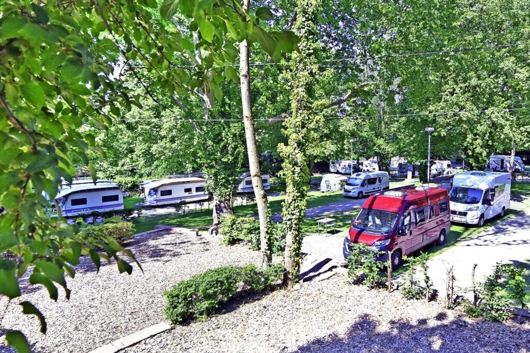 Auch der Campingplatz am Hirzberg in F...rd sich in den kommenden Tagen füllen.  | Foto: Michael Bamberger
