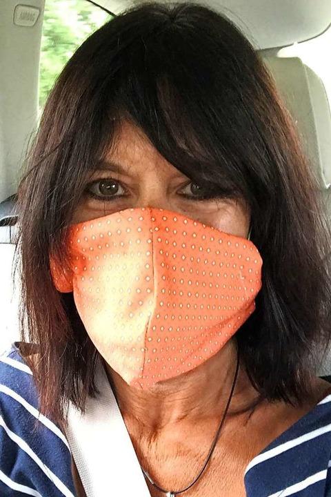 Trällert auch mit Mundschutz Cordula Grün: Simone Eise  | Foto: Privat