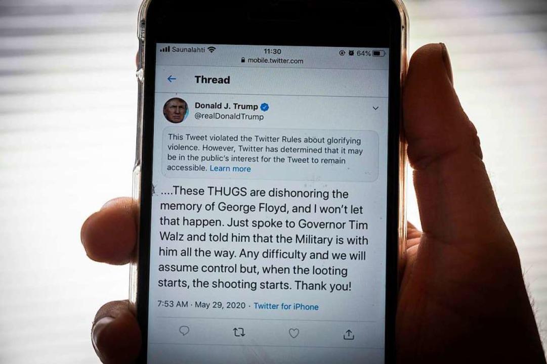 Der Tweet von Trump zu den Ereignissen...1; und mit einem Warnhinweis versehen.    Foto: OLIVIER MORIN (AFP)
