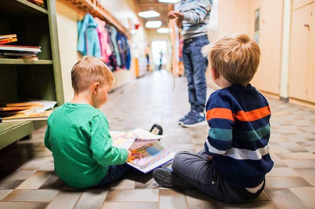 Wenn Kitas und Grundschulen im Juni öf...askenpflicht und keine Abstandsregeln.  | Foto: Andreas Arnold (dpa)