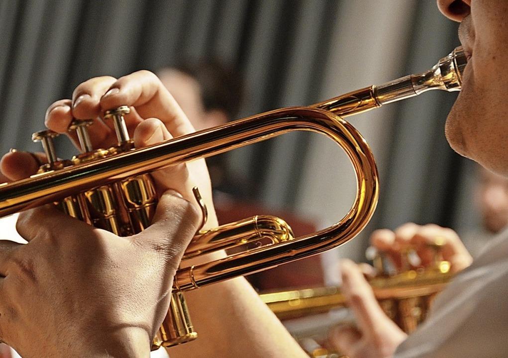 Besonders musiktreibende Vereine haben...nstrumente, Noten und Proberaummiete.   | Foto: Kathrin Blum