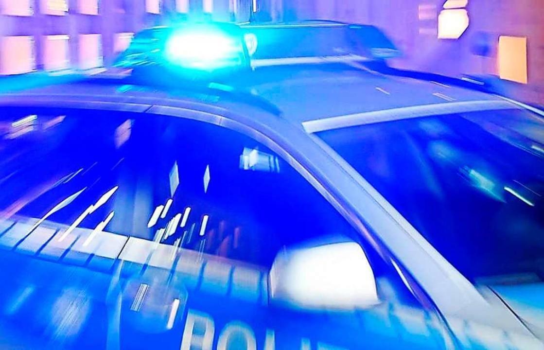 Einsatzfahrzeuge von Polizei und kommu...n Kirchzarten beschädigt (Symbolbild).    Foto: BZ