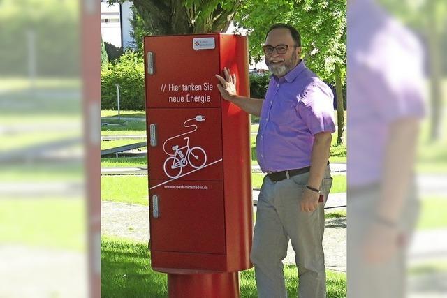 Neue Ladesäule für E-Biker