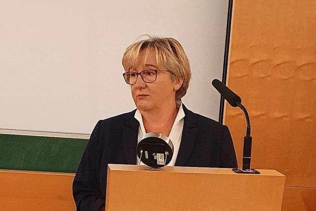 Ministerin will Studierende früh für den Landarztberuf gewinnen