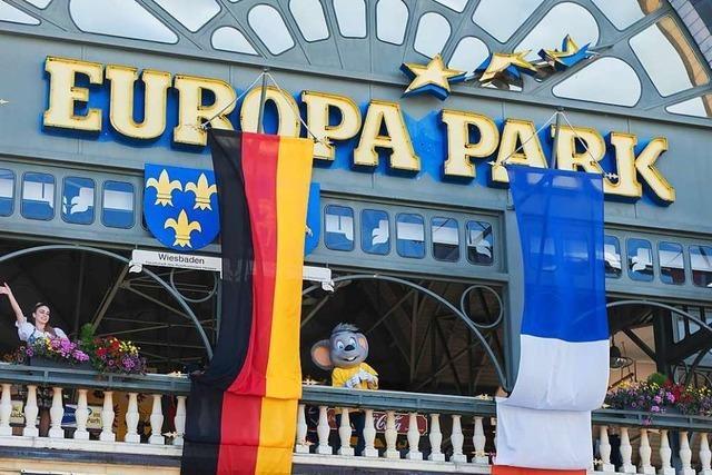 Mehrere Männer wollten ohne Eintrittskarte in den Europa-Park