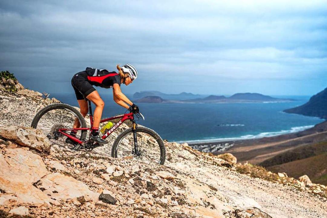 Die Mountainbikerin Bettina Janas steh...nnen noch immer auf dem zweiten Platz.  | Foto: Armin M. Küstenbrück