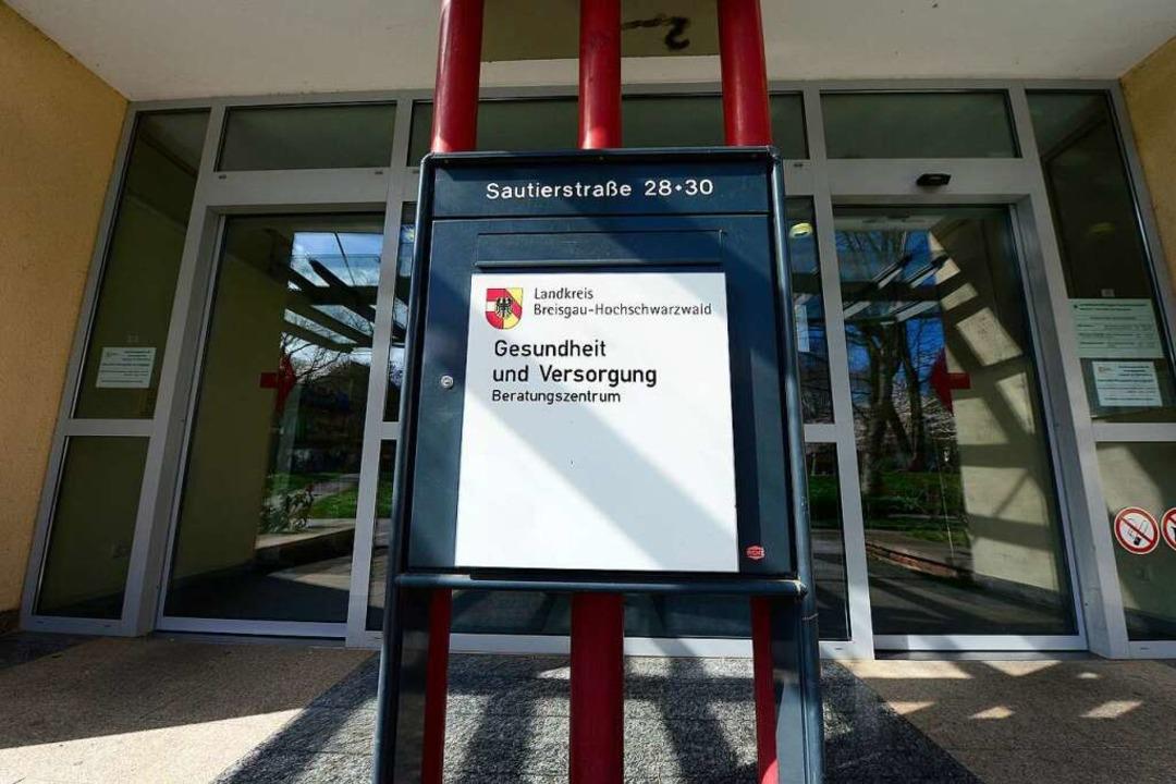Das Gesundheitsamt Freiburg meldet für...Tote, die mit Corona infiziert waren.   | Foto: Ingo Schneider