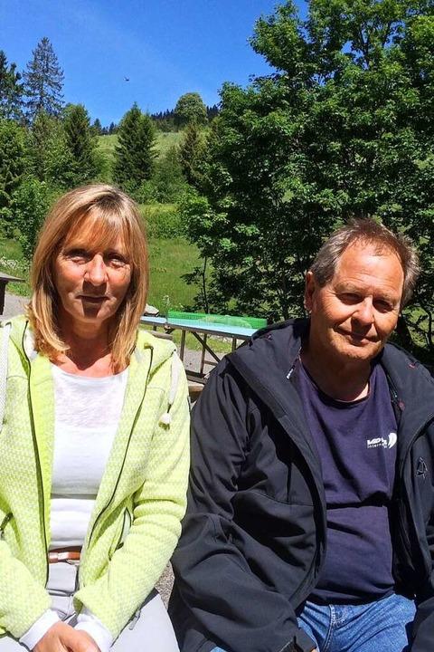 Ärgern sich über die Lärmbelästigung: Katrin Rühe und Thomas Weinhardt  | Foto: Annemarie Rösch