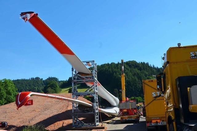 Auf dem Weg zum Rotzeleck: Jetzt werden die Riesen-Rotoren zu ihrem künftigen Arbeitsplatz transportiert