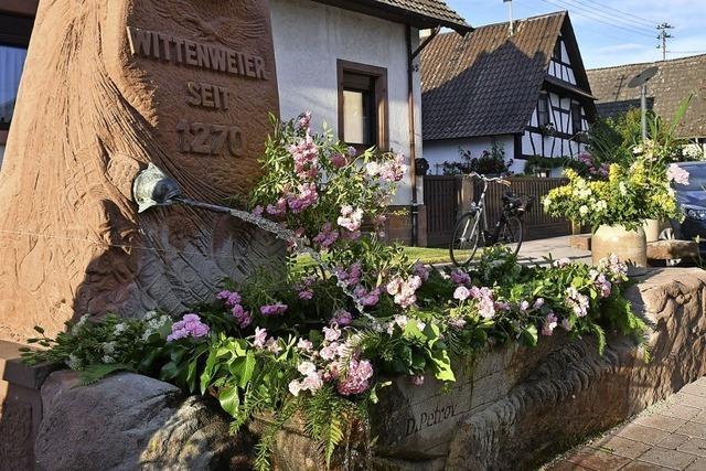Pfingstbrunnen in Wittenweier
