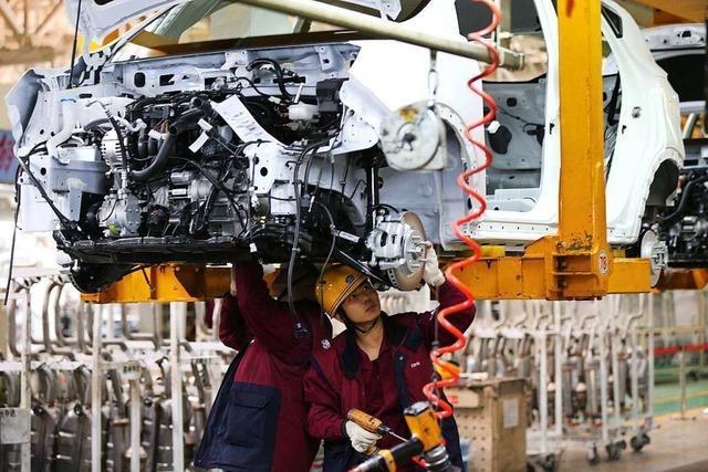 Lage in der Autoindustrie: Analyst bangt um kleine Zulieferer