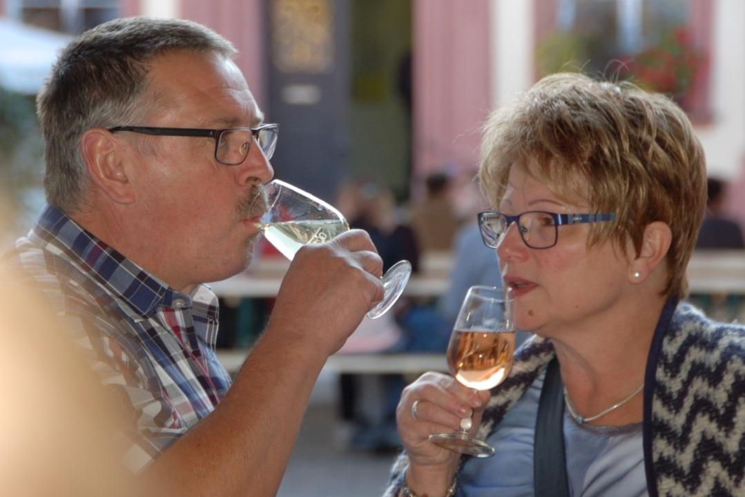 Ob das Offenburger Weinfest, hier ein ...von 2016, stattfinden kann, ist offen.  | Foto: hrö
